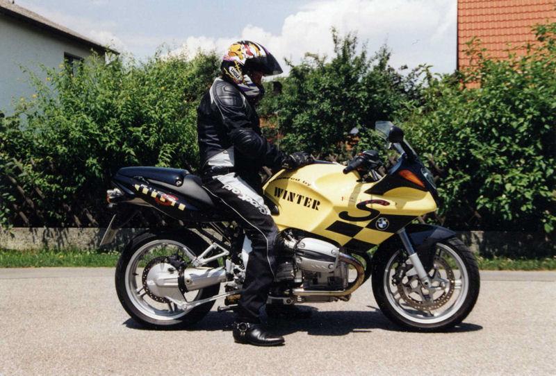 motorrad_mit_winter_seite01.jpg